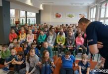 """KPP Racibórz: """"Dzień Bezpiecznego Internetu"""" - wykład na temat cyberprzemocy"""