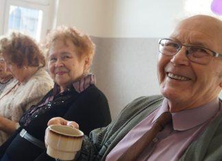 dzien kobiet mezczyzn kolo emerytow nedza