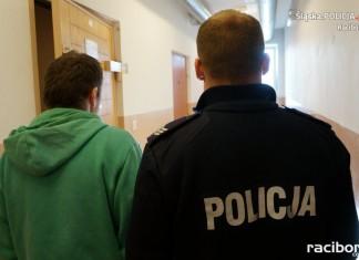 Policja Racibórz: Kradzież z włamaniem w kościele w Brzeziu