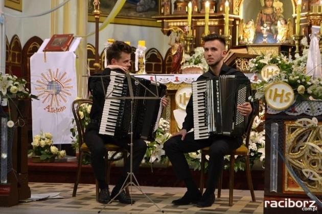 duet akordeonowy raciborz kosciol sw jana chrzciciela