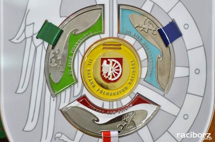 4 biegi raciborz medal