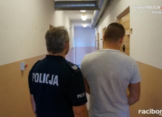 Policja Racibórz: Mężczyzna objęty dozorem policyjnym za posiadanie marihuany