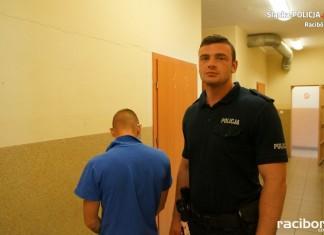 Racibórz, ul. Wojska Polskiego: Młody mężczyzna zatrzymany za posiadanie marihuany