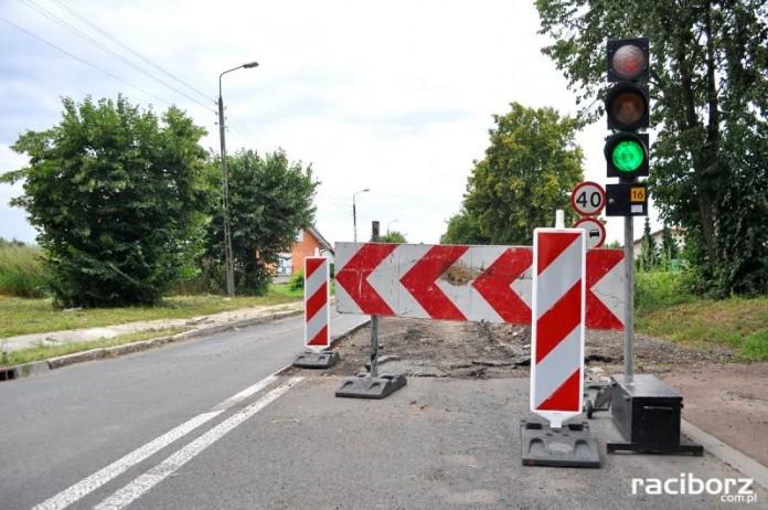 Wojewoda dofinansuje dwie inwestycje drogowe w powiecie raciborskim