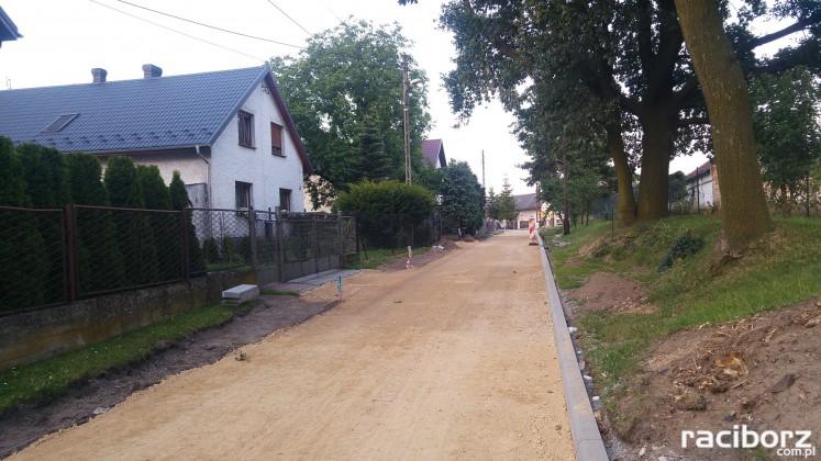 Trwa remont ulicy Powstańców Śląskich w Babicach