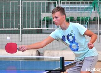 turniej badmintona i tenisa stolowego osir raciborz