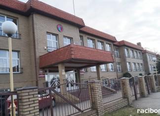 Szkoła Nędza
