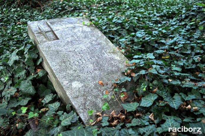 cmentarz raciborz kozielska