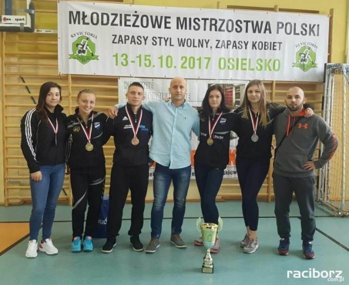 Trzy medale zapaśniczek Unii Racibórz na Młodzieżowych Mistrzostwach Polski