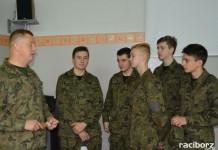 Uczniowie mundurówki SMS spotkali się z komandosami