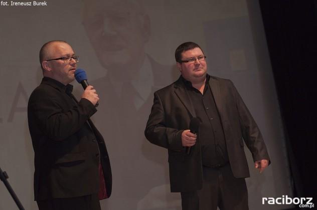Newerla - film. Adriana Szczypińskiego i Wojciecha Mitręgi