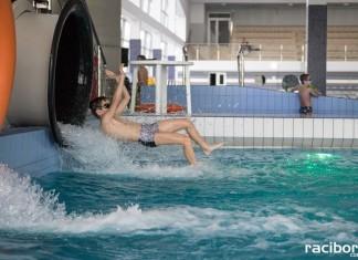 Zawody w zjeździe rurami na czas w H2Ostróg