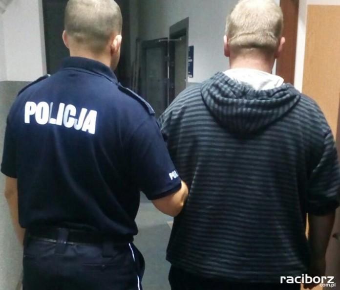 Policja Kuźnia: Oszukał sprzedającą notebooka. Grozi mu 8 lat więzienia