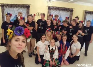 """Polsko-czeski projekt """"Taniec bez granic"""" w SP 1"""