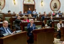 Sejmik Śląski w sprawie ZHP, raka piersi i obniżania niskiej emisji