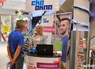 Eko-Okna rekrutują w galeriach handlowych