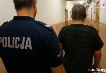 Policja Racibórz: Pijany kierowca chciał wręczyć łapówkę