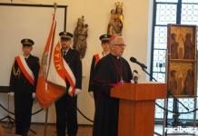 Arcybiskup Wiktor Skworc wzywa do modlitwy za migrantów i uchodźców