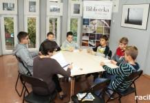 Racibórz: Biblioteka zaprasza do udziału w kwietniowych konkursach