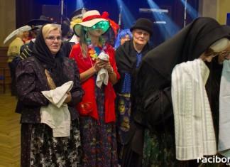 Tradycyjne pogrzebanie basa w Krzanowicach
