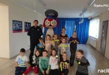 Bezpieczne ferie w Turzu z kuźniańskim dzielnicowym i Sznupkiem