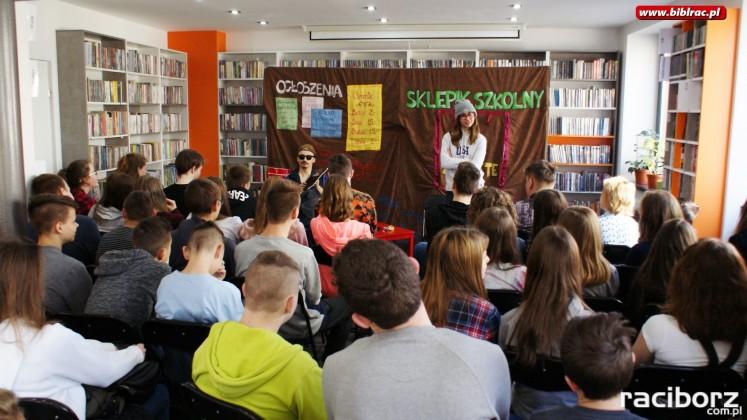 Z pamiętnika kujonki - spektakl Teatr Maska Racibórz