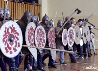 Dzień ze średniowieczem w Nędzy