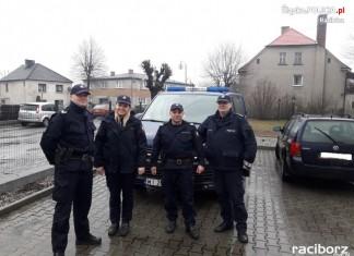Kuźnia Raciborska: Policja na wspólnym patrolu z funkcjonariuszami SOK
