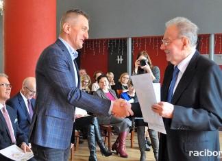 Raciborska Izba Gospodarcza przekazała pieniądze uzbierane podczas Gwiazdki Serc