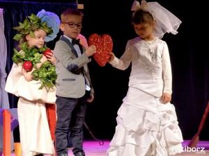 Przedszkolaki z Nędzy brylowały na scenie w Rybniku. III miejsce podczas Przeglądu!