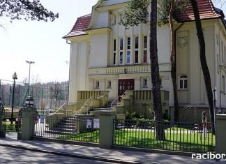 Biblioteka przy ul. Kasprowicza w Raciborzu