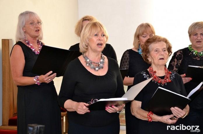 Chór żeński Vivo zaśpiewał w kaplicy zamkowej