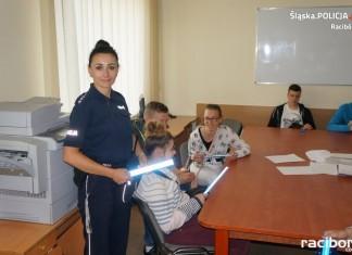 Gimnazjaliści z Rudnika z wizytą w raciborskiej komendzie