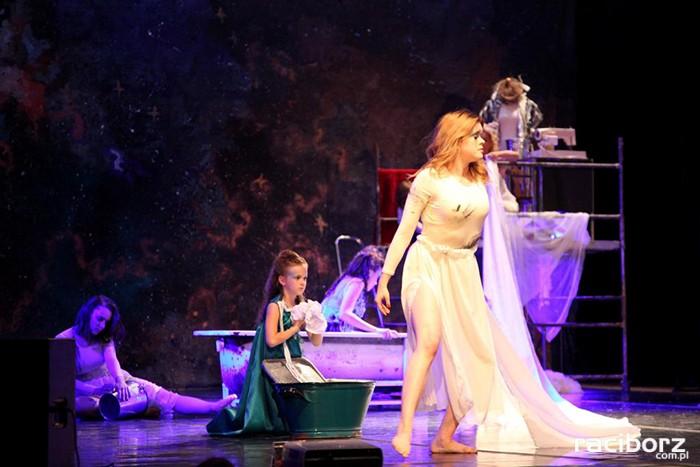 Usłyszeć srebrną Lunę czyli rzecz o boginiach słowiańskich
