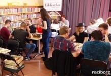 maraton gier planszowych w bibliotece