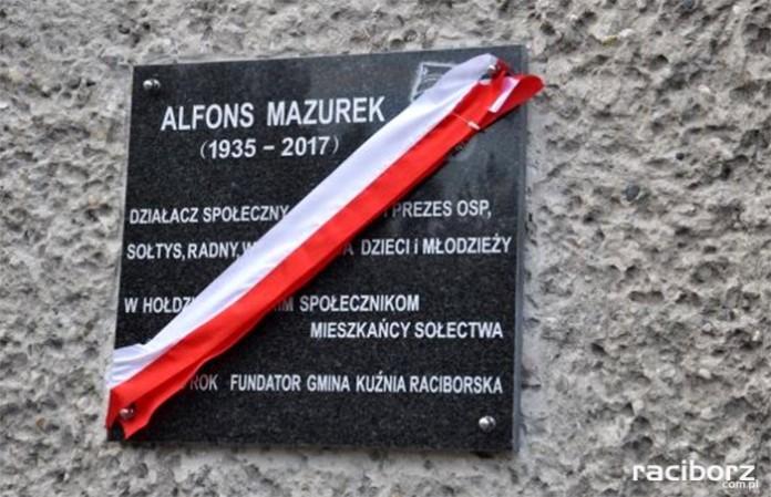 Odsłonięcie tablicy upamiętniającej Alfonsa Mazurka Kuźnia Raciborska