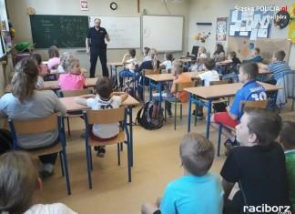 Szkoła Podstawowa nr 5: Prelekcja raciborskiej policji na temat bezpieczeństwa