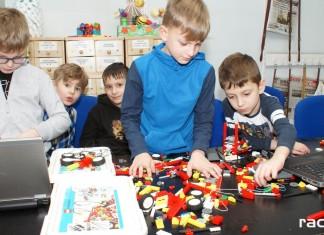 Racibórz: Robotyka i Programowanie LEGO w bibliotece