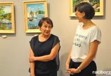 """Wystawa Marii Kucharskiej """"Zanim czas zmieni nas"""""""