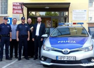 policja gmina krzanowice - przekazanie radiowozu