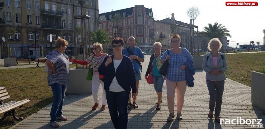 Klub Przyjaciół Biblioteki na Ostrogu z wizytą w Palmiarni w Gliwicach