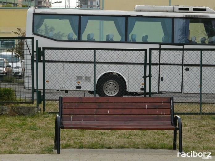 Zadbaj o bezpieczeństwo dziecka podczas wakacji - BezpiecznyAutobus.gov.pl