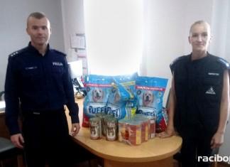 Kuźniańscy policjanci wzięli udział w zbiórce dla zwierząt