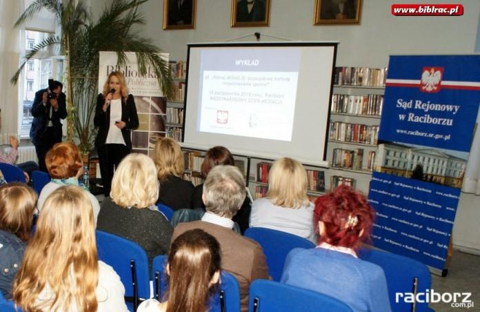 Wykład o mediacjach w Bbilotece w Raciborzu