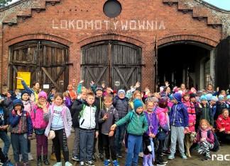 uczniowie SP15 na wycieczce w Rudach Raciborskich