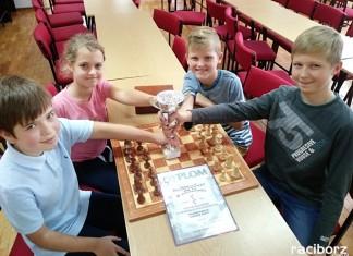 uczniowie SP 13 najlepsi w szachy