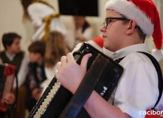 Koncert kolęd w raciborskiej szkole muzycznej