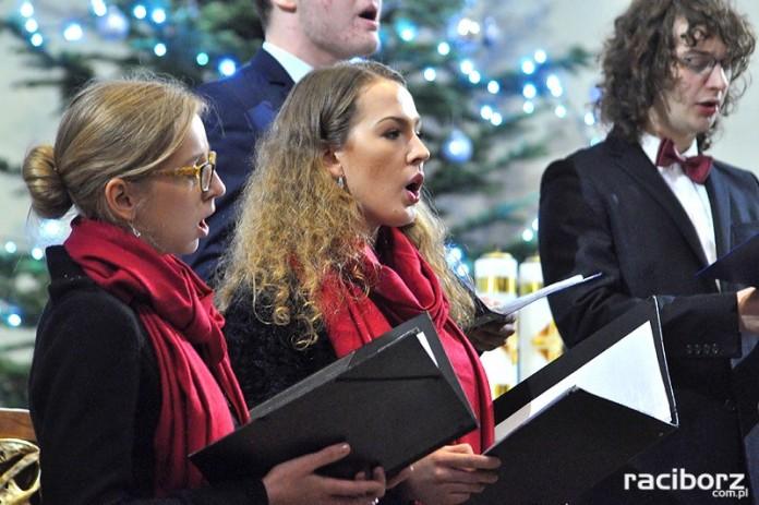 Koncert charytatywny dla Asi w kościele w Raciborzu-Studziennej