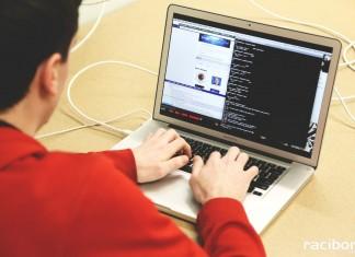 programowanie pixabay.com