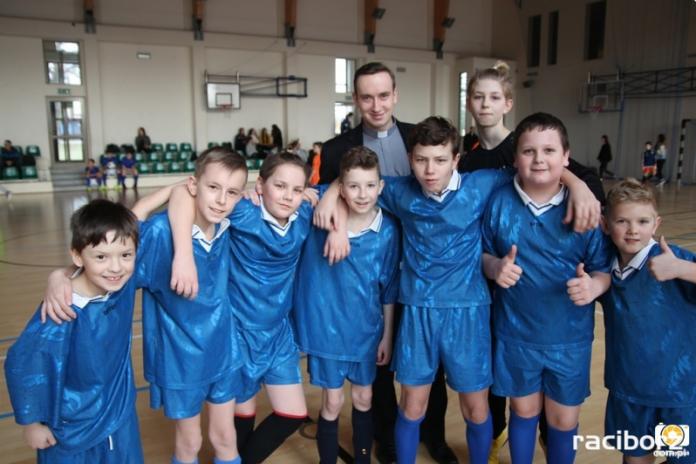 turniej pilki halowej rudy kuznia raciborska (1)